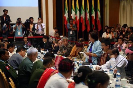 ภาพ www.elevenmyanmar.com