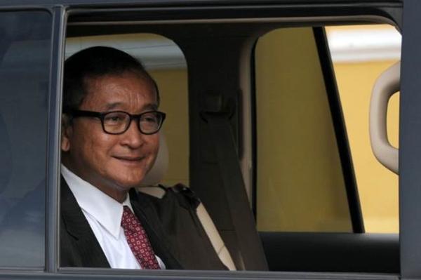 AFP PHOTO / TANG CHHIN SOTHY