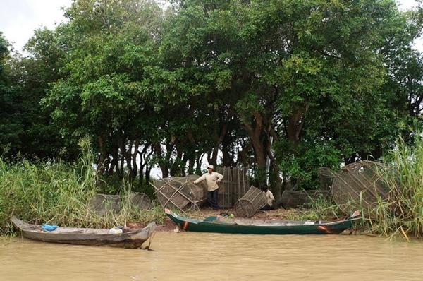 เครื่องมือหาปลาของชาวประมงพื้นบ้านรอบโตนเลสาบ